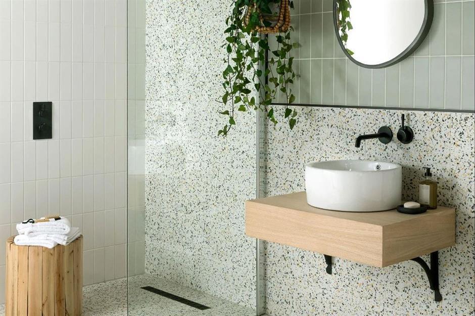 Modern Glass Bathroom Solutions